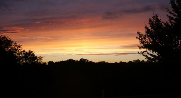 An! early evening November sky at Darrynane