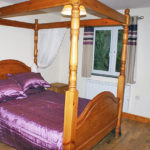 Stables four poster bed